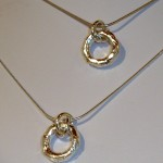 arts-quest-ayelet-stewart-silver-pendants-chain