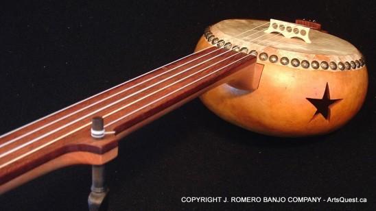 arts-quest-j-romero-banjo-company-gourd-banjo1