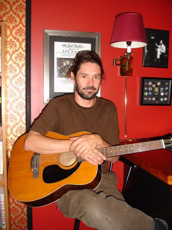 Blues Musician Daryll Duus