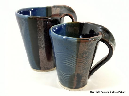 arts-quest-parsons-dietrich-pottery-devon-two-wave-handle-mugs