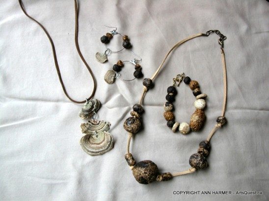 Turkey Tail Pendant and Mushroom Paper Beads