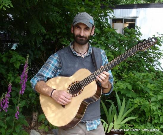 arts-quest-dan-richter-dragonfly-guitars-portrait